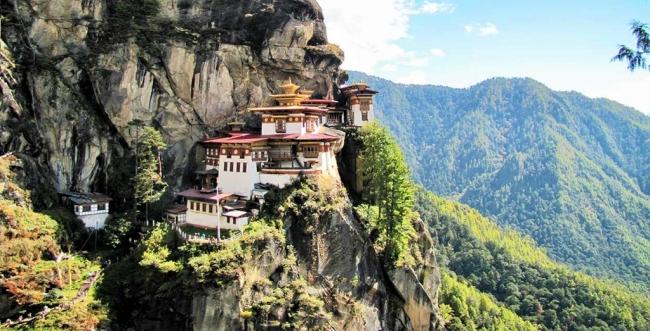SALIDAS GRUPALES A NEPAL, TIBET, BUTAN Y CALCUTA - Buteler en India