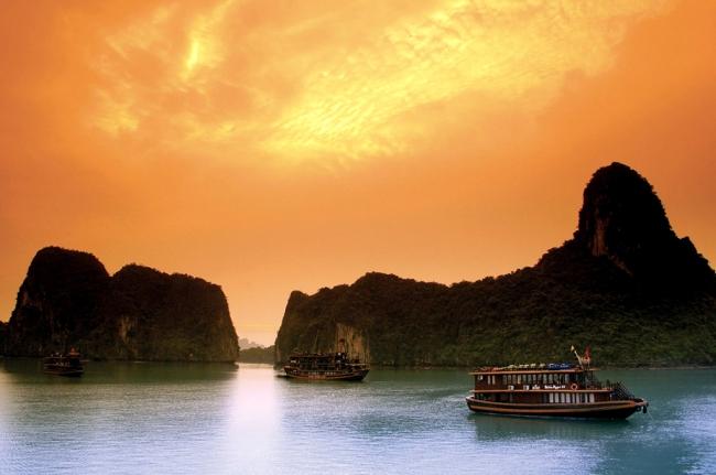 PAQUETES DE VIAJES A LA INDIA, VIETNAM Y CAMBOYA - Camboya / Siem Riep / Agra / Jaipur / Nueva Delhi / Da Nang / Ha Long / Hanoi /  - Buteler en India